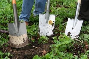 Gartenkralle hat viele Vorteile gegenüber dem Spaten