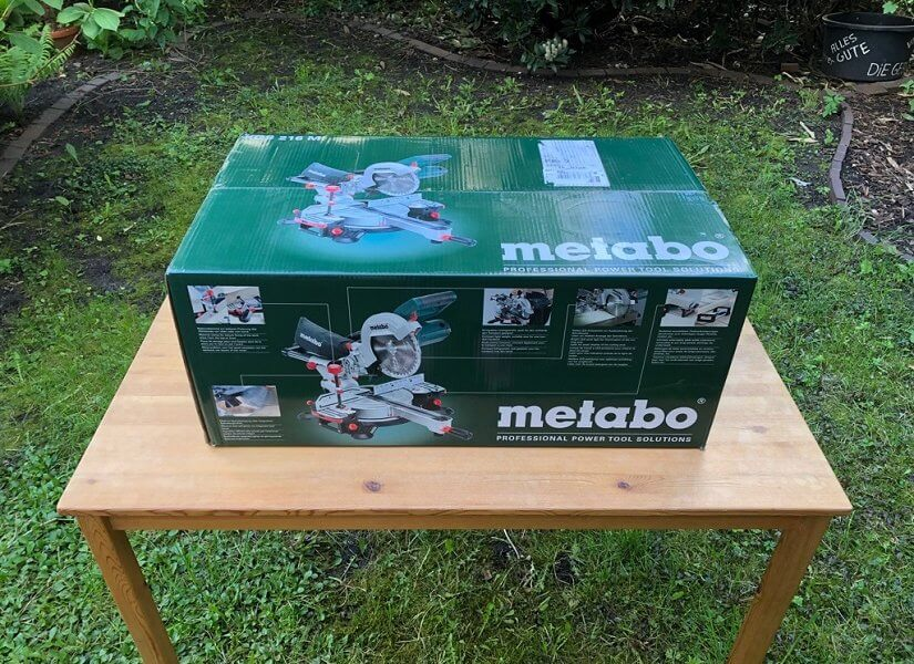 Unboxing der Metabo KGS 216 M