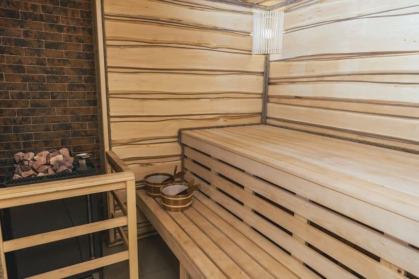 Die Gartensauna mit Holzofen kann man an vielen verschiedenen Stellen kaufen