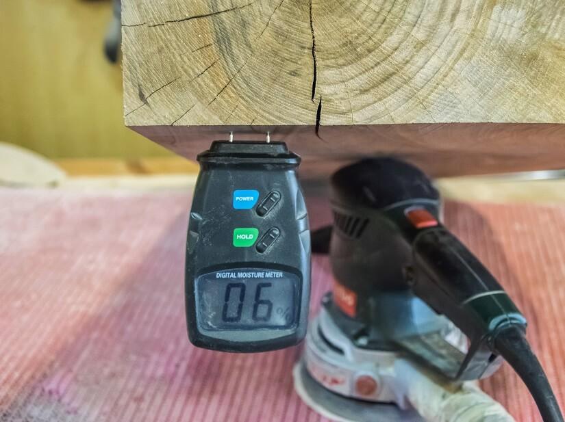 Holzfeuchtemessgerät digital