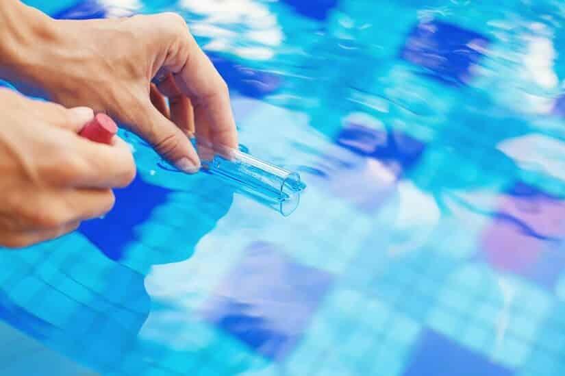 Chlorwert-Überprüfung eines Pools