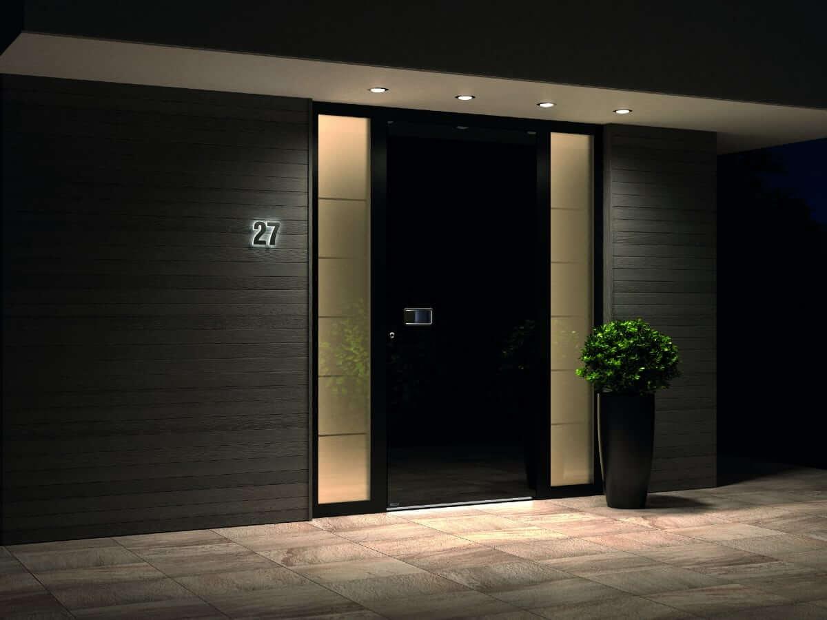 Stilvolle Haustür aus Aluminium