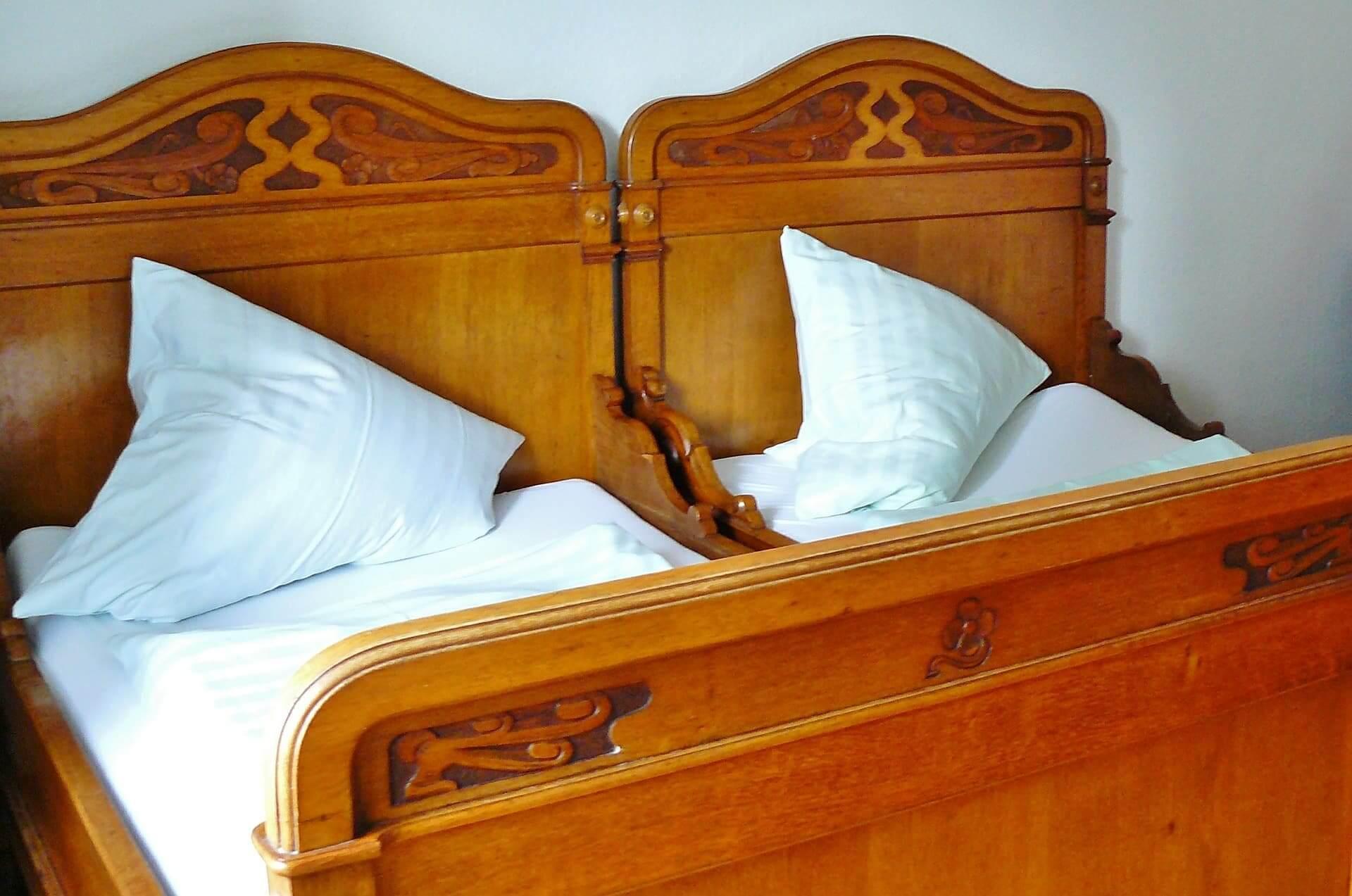 Zwei Betten mit spalt sind nicht schoen